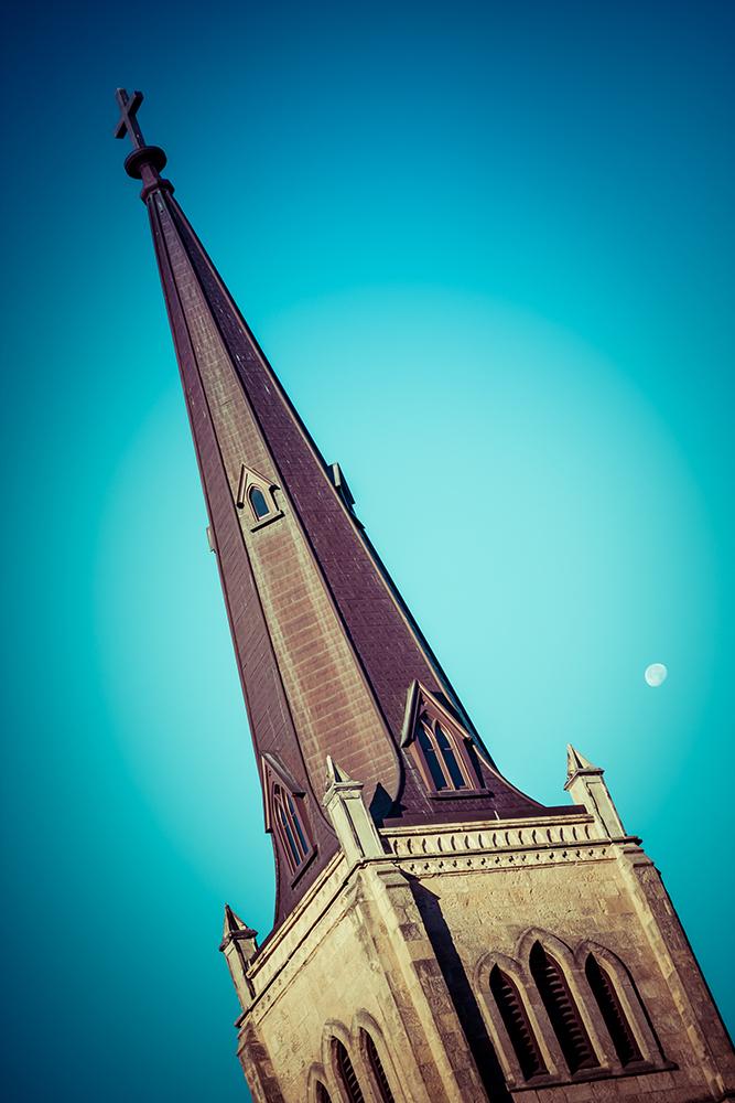 full moon steeple